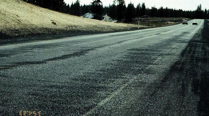 Partikelhalter i asfalt